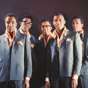 clothing and hair styles of the motown era the temptations classic motown