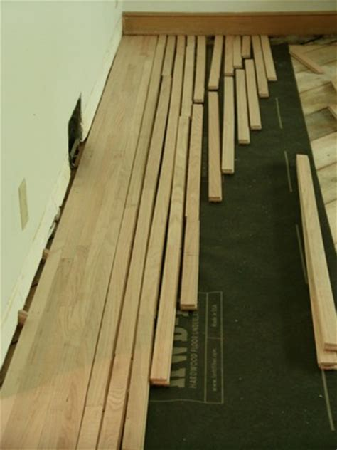 Racking Hardwood Floors by How To Install Hardwood Flooring Like A Floorwright