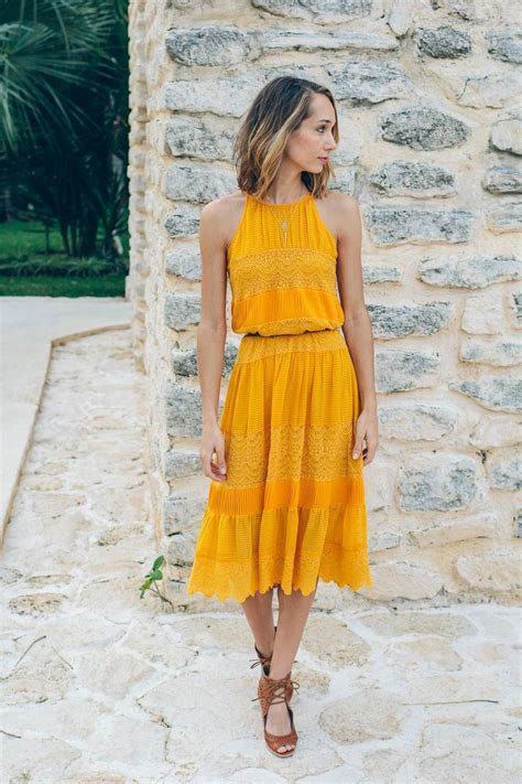 To Dresses Like Kirsten 25 And by 25 Best Ideas About Mustard Yellow Dresses On