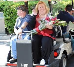 mama june did buy a car for the man who molested her mama june breaks down when she hears here comes the bride