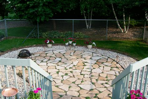 Building A Flagstone Patio by How To Build A Flagstone Patio Blain S Farm Fleet