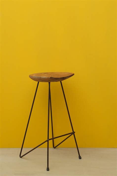taburete metal taburete alto de madera y metal el globo muebles