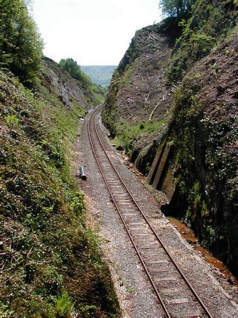 railway cutting   summit   john lucas cc  sa