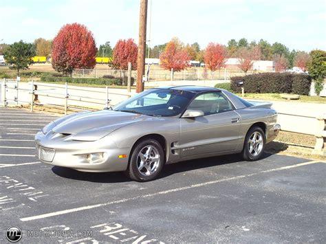 Pontiac Firebird 2000 by 2000 Pontiac Firebird Pictures Information And Specs