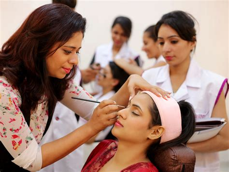 best beautician courses academy top