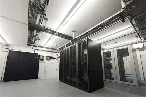 temperature server room server room data centre cooling precision air conditioning vs comfort air conditioning