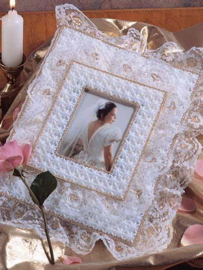 Plastic Canvas   Accessories   Frames   Gilded Lace Album