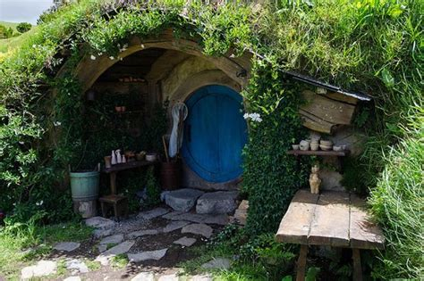 hobbit style homes is this futuristic hobbit style home the greenest house in