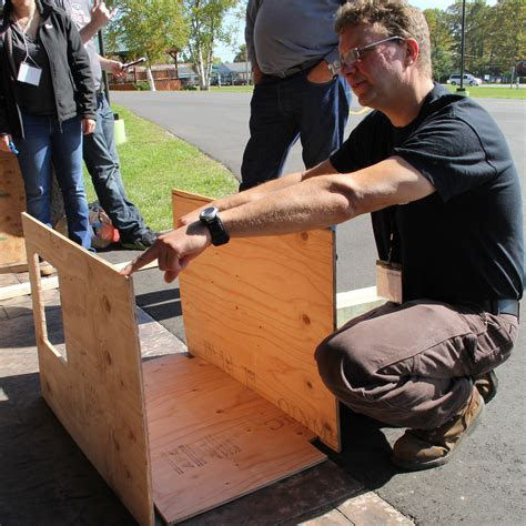 one sheet plywood dog house hands on learning at michigan symposium iditarod