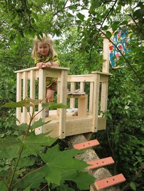 Backyard Treehouse Ideas 30 Tree Perch And Lookout Deck Ideas Adding Diy Structures To Backyard Designs Decks