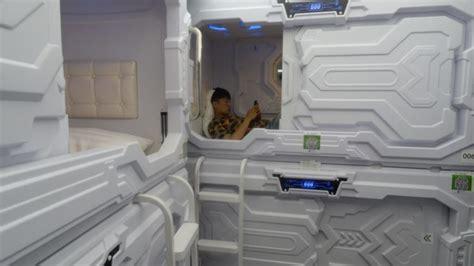 Lu Tidur Termurah kapsul tidur termurah di tiongkok ini harga sewanya cuma dua ribu rupiah lumayan buat tidur siang