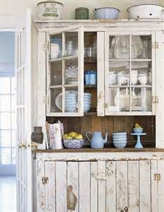 White Antiqued Kitchen Cabinets Antique White Kitchen Cabinets For Shabby Chic Style
