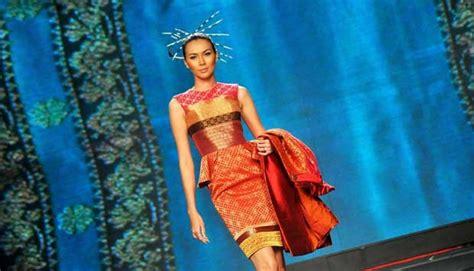 Batik Danar Hadi Di Kelapa Gading batik uri uri didi budiardjo menyita perhatian gaya tempo co