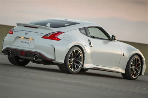 nissan 370z nismo used 2016 nissan 370z nismo pricing for sale edmunds