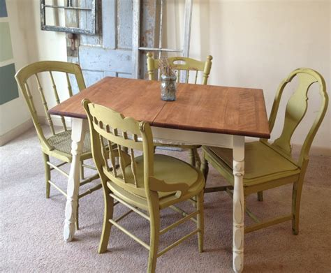 small kitchen table small country kitchen table set c1 1024x846 vintage small