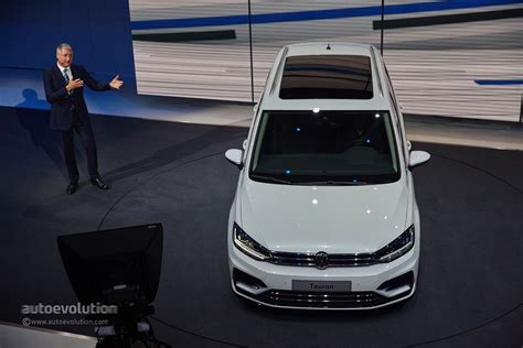 volkswagen minivan 2016 2016 volkswagen touran r line package launched in germany