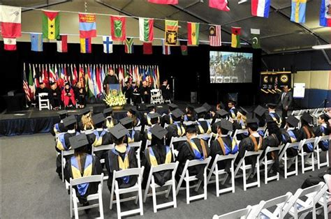 Mba Thunderbird School by 1000 Images About Commencements 2014 On