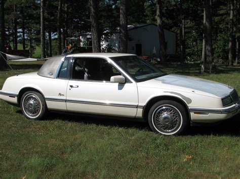 blue book value used cars 1989 buick riviera free book repair manuals service manual how to hot wire 1989 buick riviera 1989 buick riviera information and photos
