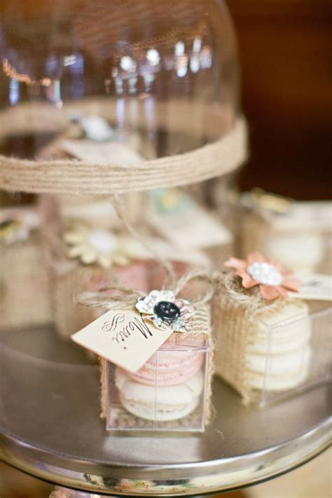 Unique Wedding Favors by 17 Unique Wedding Favor Ideas That Wow Your Guests