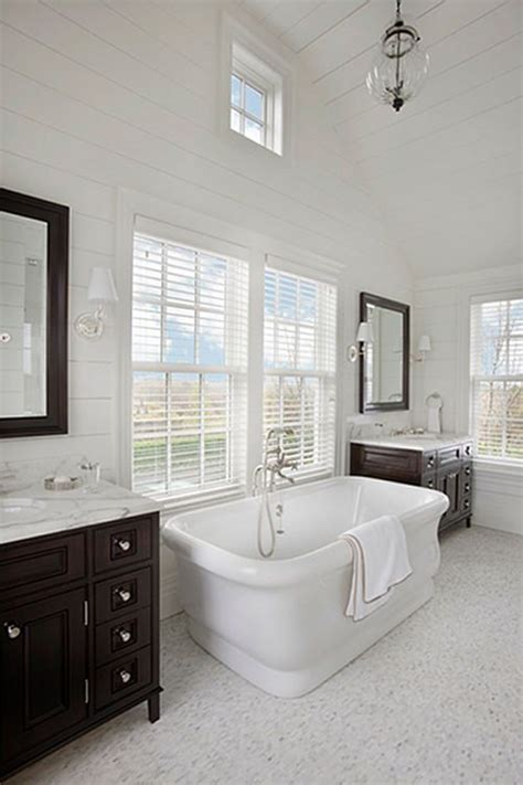 nantucket style bathrooms 188 best images about style nantucket on pinterest