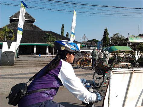 Baju Gowes Surabaya catatn tertinggal gowes sarasehan b2w indonesia korwil jateng diy 16 17 juni pockrockadventure