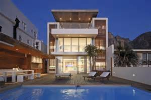 beautiful home in camps bay by metropolis design