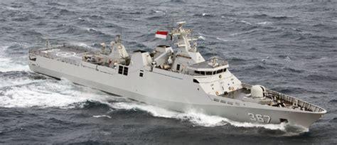 kruiser nederlandse marine international fleet review sydney van start