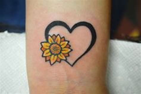 sunflower wrist tattoo flower tattoos designs pictures page 35