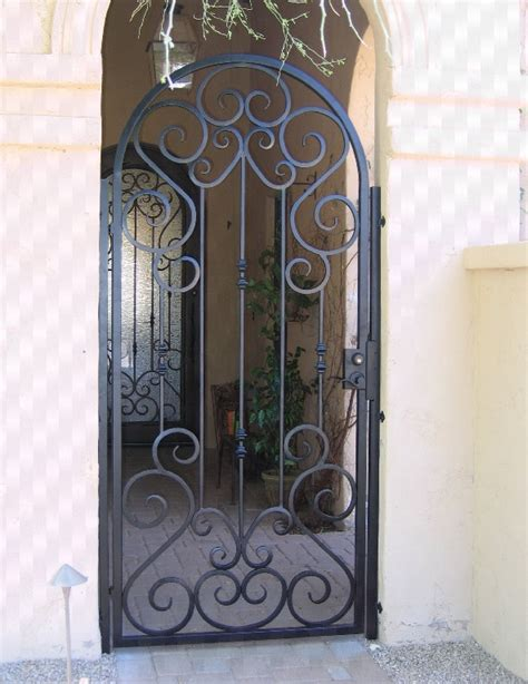 Iron Front Door Gates 25 Best Ideas About Wrought Iron Gates On Iron Gates Wrought Iron Garden Gates And