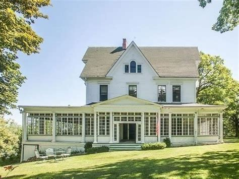 amityville horror house movie estate sale at the wisconsin amityville horror house
