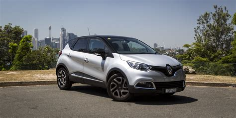 renault captur renault captur facelift and ev surprise coming to geneva