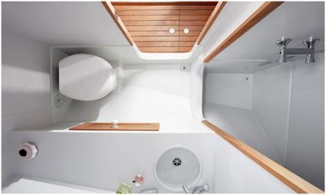 Boat For Bathtub by 50 Best Images About Boat Bathrooms On Boats