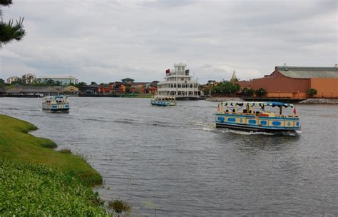 boat old key west downtown disney disney s saratoga springs build a better mouse trip
