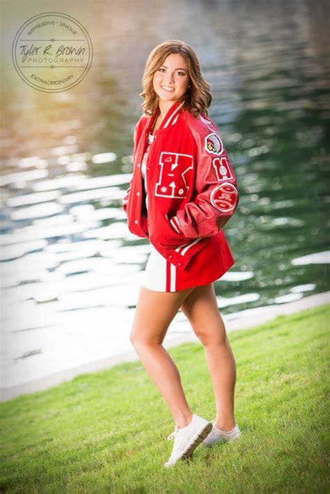 senior girl cheerleader senior sparkles during her senior portrait session