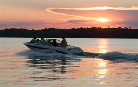 boat rental vacations boat rentals muskoka vacation rentals