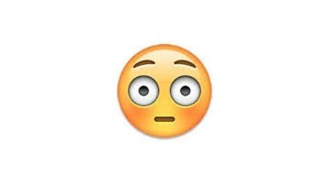 imagenes de emoticones de whatsapp uno por uno los emoticonos de whatsapp protagonistas de una nueva