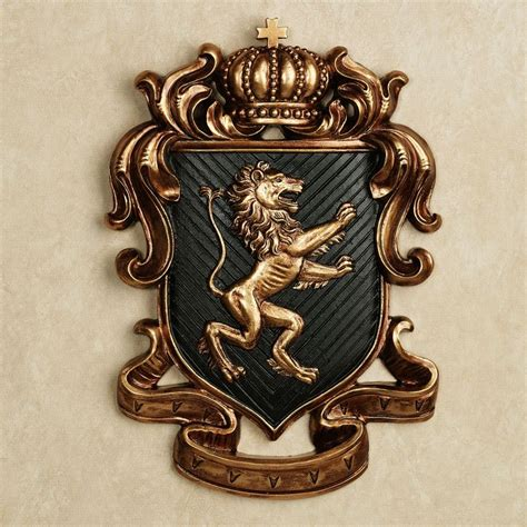 Coat Of Arms Decorations by 25 Best Ideas About Coat Of Arms Search On