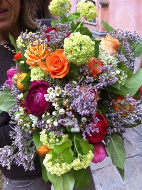 mazzi fiori recisi immagini di mazzi di fiori per compleanno