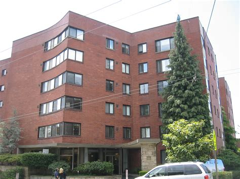 Apartment In West Seattle West Seattle Apartment Buildings