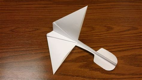 How To Make A Paper Airplane That Flips - paper airplane glider from gra d