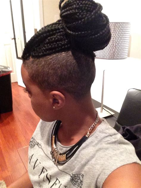 braidedtop and shaved sides shaved sides with box braids femm 233 pinterest box