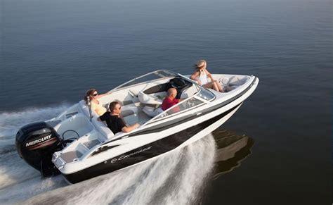 crownline outboard boats crownline boats rond s marine ltd winnipeg mb 888 968 3330
