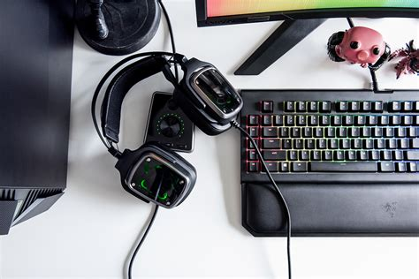 Razer Tiamat V2 2 2 razer announces the tiamat 7 1 v2 flagship surround sound