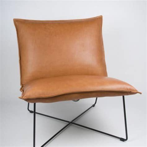 jess stoel earl design fauteuil cuscini van jess design met zwarte poten