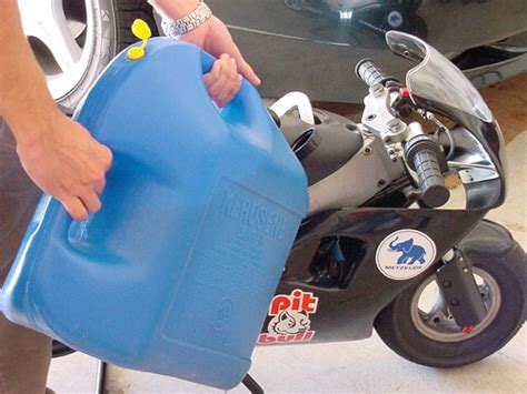 Spilled Gas In Garage by Minimoto Garage Premixing 2 Stroke And Gas