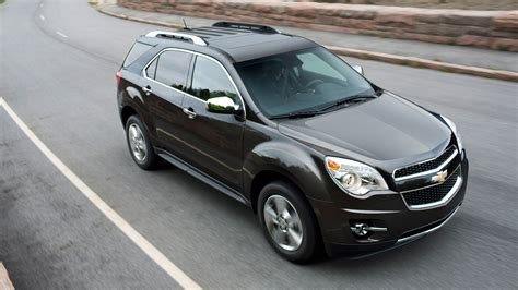 lifted 2016 chevy equinox to bow at the 2015 chicago