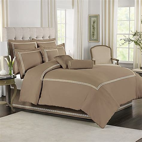 wamsutta 174 baratta stitch comforter set in canvas bed