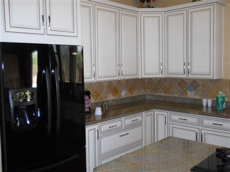 kitchen cabinets scottsdale north scottsdale antique white finish cabinets grapevine