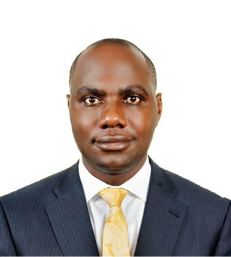 Mba Makerere by Henry Musasizi