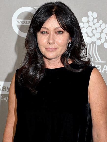 shannen doherty 2015 shannen doherty makes first appearance since breast cancer